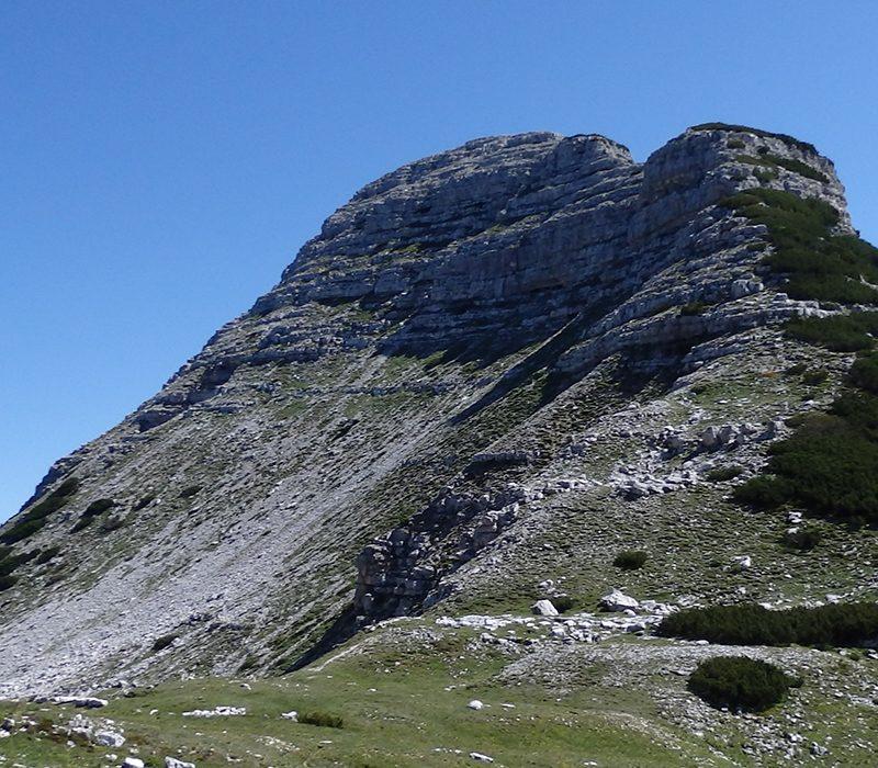 Escursione a Cima XII dalla Val di Sella: tra Veneto e Trentino